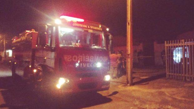 Explosão na cozinha causa incêndio em residência, em Formosa