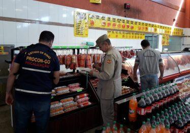 Vigilância Sanitária interdita supermercado no Jardim Guanabara, em Goiânia