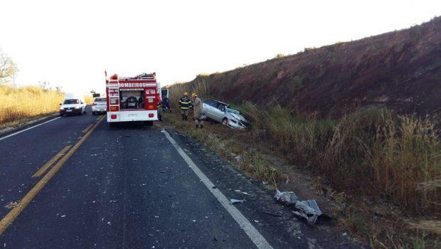 Acidente na GO-139 deixa um morto e dois feridos, em Caldas Novas