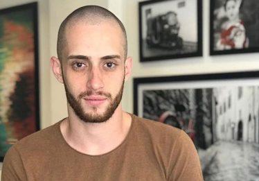 Após luta corporal com invasor, cabeleireiro é morto a tiros dentro de casa no Jardim Europa