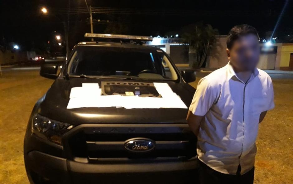 Homem é preso por vender atestados médicos falsos para presos do semi-aberto, em Goiânia