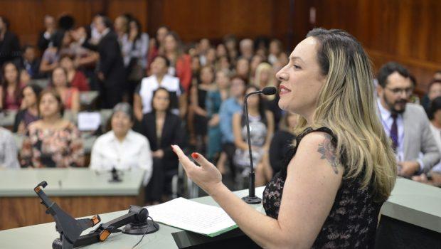 Lei garante reserva de vagas para mulheres que sofreram violência doméstica