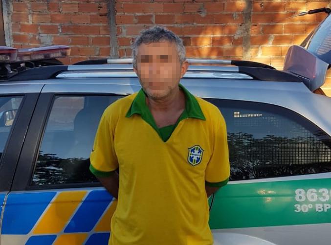 Preso homem flagrado abusando de menina durante jogo do Brasil no Jardim Novo Mundo, em Goiânia