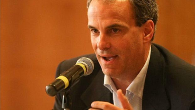 Segundo turno para presidente deve ser entre PT e PSDB, afirma cientista político