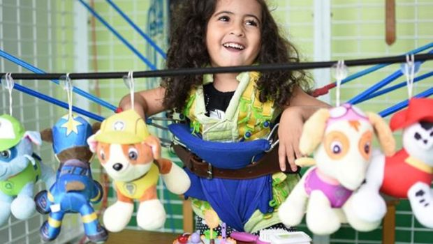 Crianças especiais comemoram festa junina com piquenique e quadrilha em Goiânia