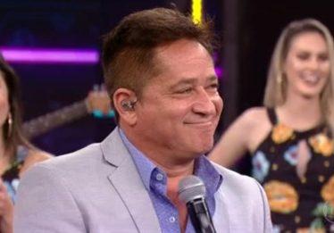Após pedido de Fausto Silva, Leonardo diz no Domingão que não sabe cantar Roberto Carlos