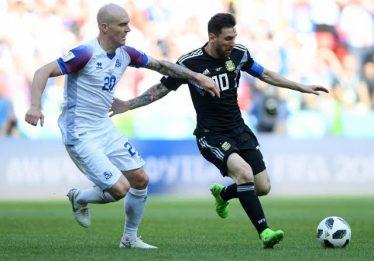 Messi perde pênalti e estreante Islândia surpreende ao empatar com a Argentina