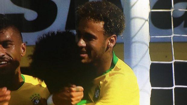 Seleção brasileira vence último desafio antes da Copa