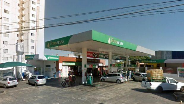 Posto é acionado por vender combustível adulterado em Goiânia