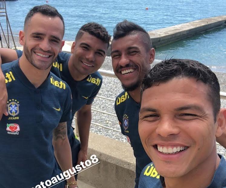 Primeiro dia da seleção brasileira em Sochi é de praia e descanso