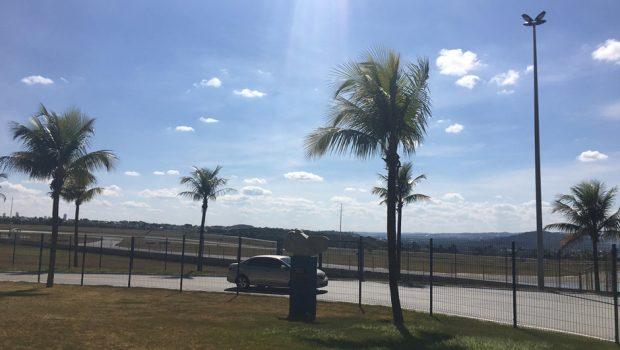 Equipe da diretoria da Stock Car faz vistoria em autódromo de Goiânia