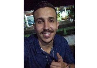Homem que matou outro por música se apresenta à polícia de Pires do Rio