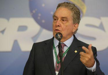 Em Brasília, PSC oficializa candidatura de ex-presidente do BNDES ao Planalto