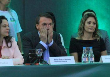 Partido de Bolsonaro quer que PGR investigue esquema sobre fake news