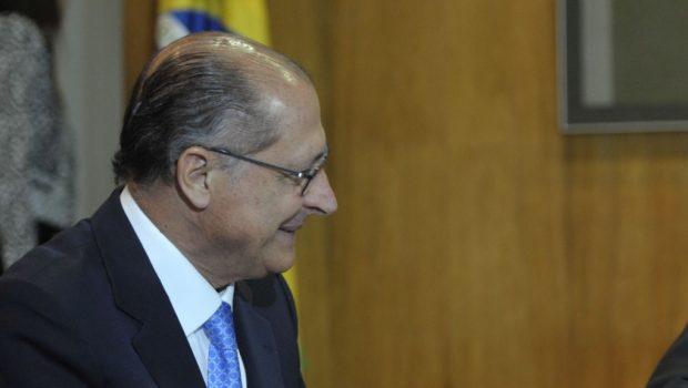 Após desistência de Josué, centrão discute vice do PP para Alckmin