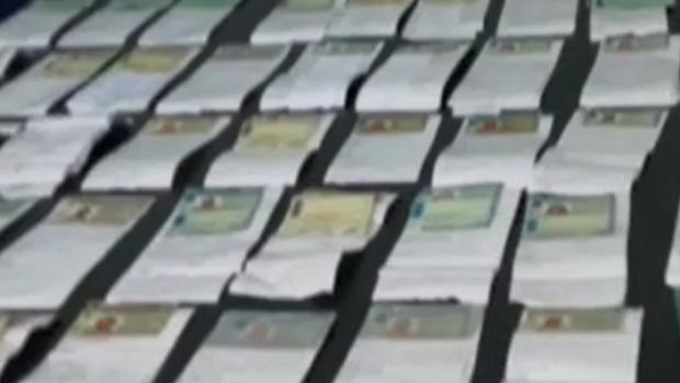 Operação apreende 76 carteiras de habilitação e prendem 15 pessoas após evento musical, em Goiânia