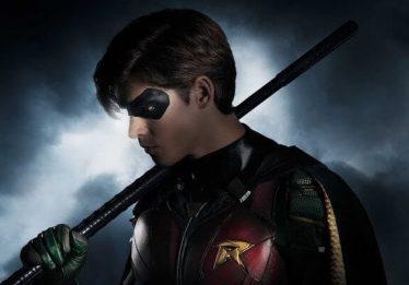 Robin está pistola e violento no primeiro trailer da série 'Titans'