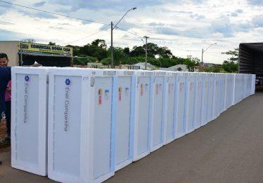 Enel troca geladeiras em Colinas do Sul