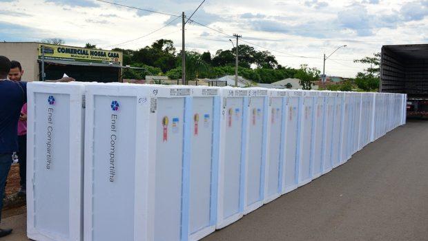 Enel realiza troca de geladeiras no Balneário Meia Ponte, em Goiânia
