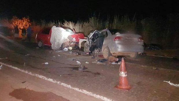 Cinco pessoas morrem e quatro ficam feridas em grave acidente na BR-080, em Padre Bernardo
