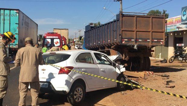 Homem morre e três pessoas ficam feridas em acidente na GO-080, em Nerópolis