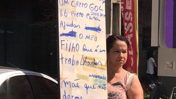 Nas ruas de Goiânia, mãe toma atitude desesperada para ajudar filho a quitar dívidas
