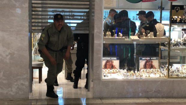 Joalheria de shopping no Setor Bueno, em Goiânia, é assaltada