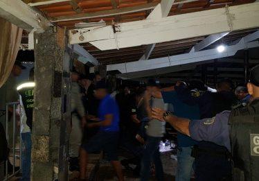Operação integrada fiscaliza festas e interdita motéis, em Aparecida de Goiânia