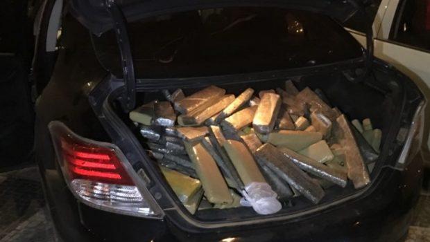 Trio é preso com 341 quilos de maconha no Setor Bela Vista, em Goiânia