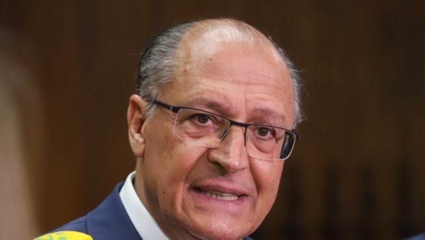Josué não sabia de negociação do Centrão envolvendo seu nome, diz líder do PR