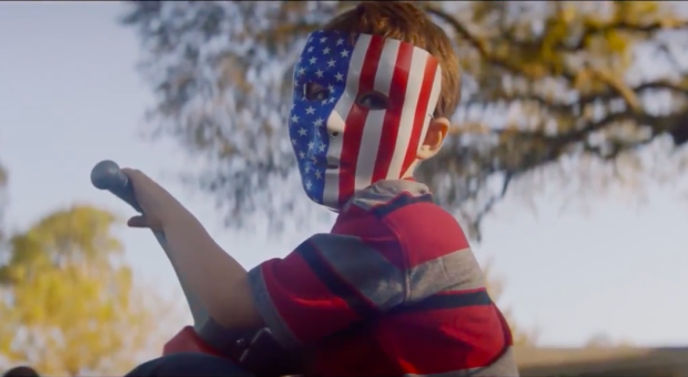 'Assassination Nation' ganha trailer perturbador