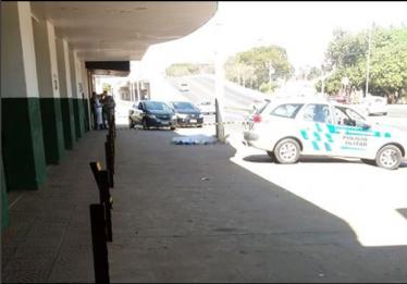 Preso suspeito de assassinar homem a facadas na Avenida Brasil Sul, em Anápolis