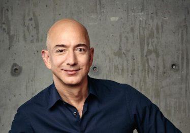 Jeff Bezos se torna o homem mais rico do mundo