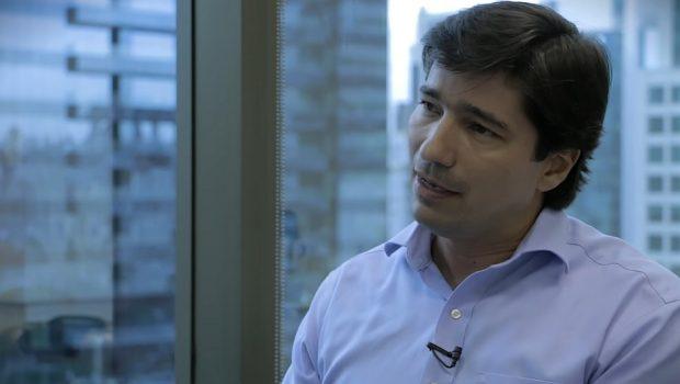 Estrategista da maior empresa de investimentos  do Brasil ministra palestra inédita em Goiânia