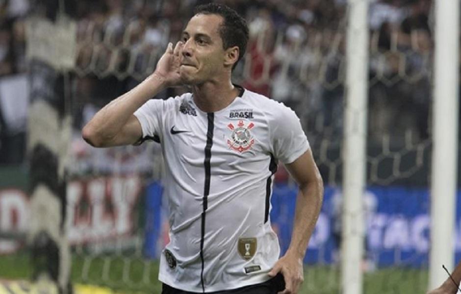 Cássio brilha, Rodriguinho faz golaço e Corinthians derrota Botafogo