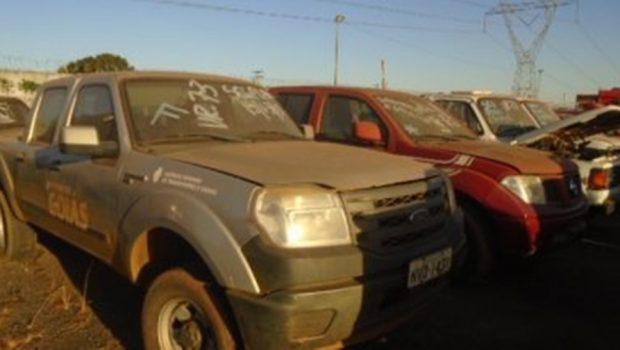 Governo de Goiás realiza leilão de 109 veículos em Aparecida de Goiânia