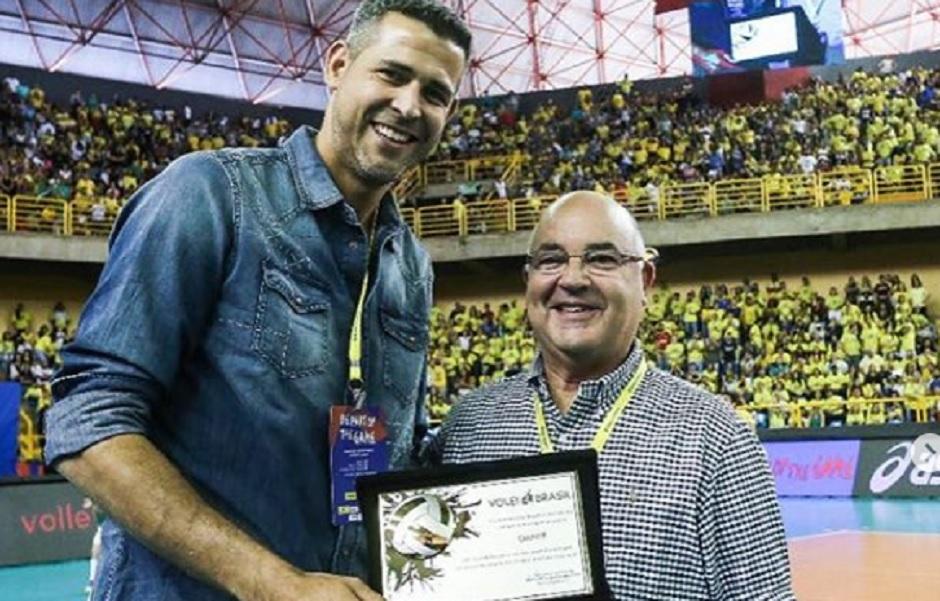 Campeão olímpico de vôlei, Dante será candidato a deputado federal