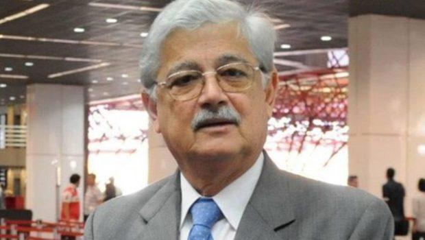 Ex-ministro do governo Sarney, Flávio Peixoto, assume a Seduce