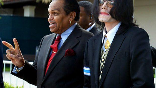 Médico afirma que Michael Jackson foi 'quimicamente castrado' pelo pai