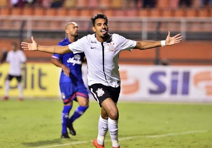 Júnior Dutra é liberado pelo Corinthians para negociar com Fluminense