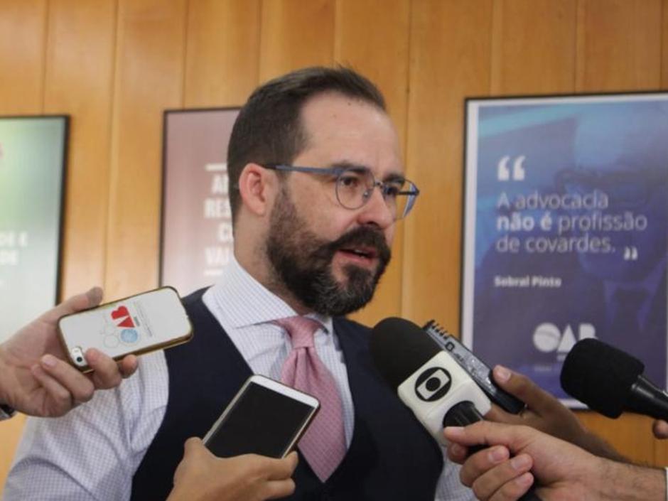 Juiz declara suspeição para conduzir processo de presidente da OAB-GO