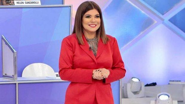 Mara Maravilha substitui Patrícia no 'Programa Silvio Santos' e faz piada com Ana Furtado