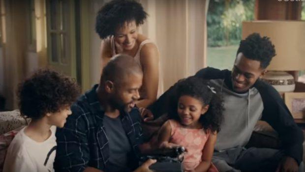 Boticário faz vídeo com família negra, recebe 17 mil dislikes e é alvo de críticas racistas