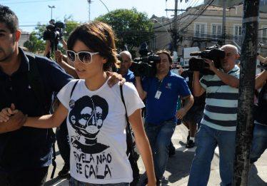 Justiça do Rio condena Sininho e outros ativistas a prisão por protestos de 2013