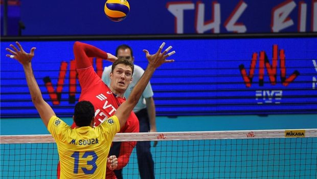 Seleção masculina é arrasada pela Rússia na semifinal da Liga das Nações