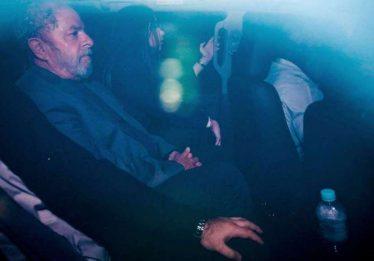 Chefe da PF conta detalhes da prisão de Lula: 'não queríamos nenhuma falha'