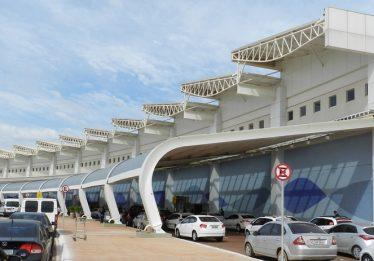 Infraero vai fechar após concessão de aeroportos, diz secretário de aviação