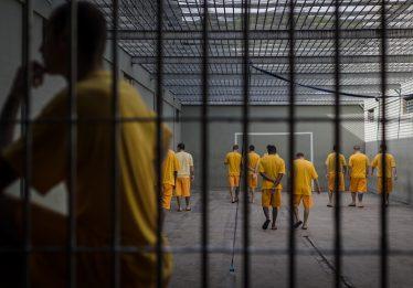 Estado é condenado indenizar homem preso indevidamente por estupro em R$ 20 mil