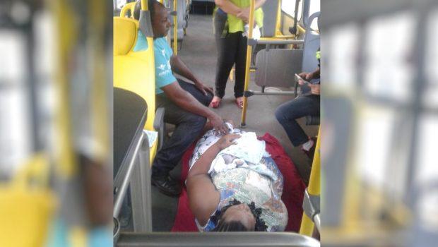 Mulher dá a luz dentro de ônibus no Terminal Praça A; gêmeo nasceu no hospital logo depois