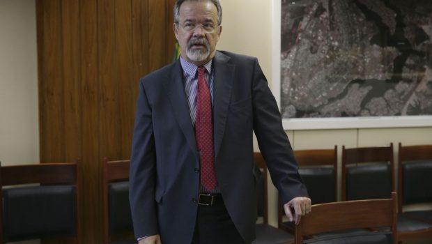 Um dia após sugerir PF no caso Marielle, Jungmann elogia polícia do Rio
